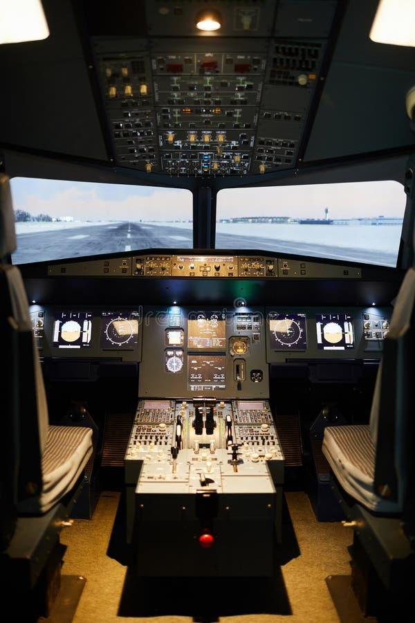 Personne dans le secteur de pilotes d'avions photo libre de droits