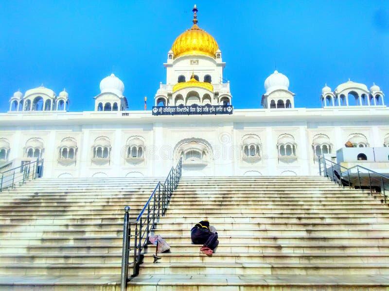 Personne non identifiée au gurudwara la Nouvelle Delhi de sahib de bangla de Sri image stock