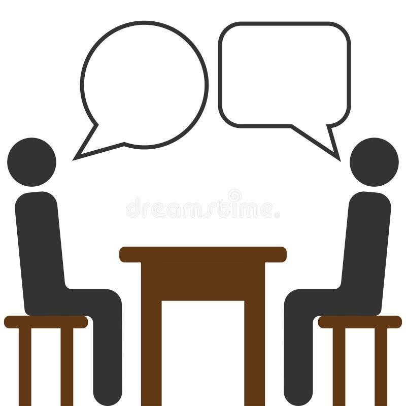 Personnes d'amusement s'asseyant autour de parler de table image libre de droits