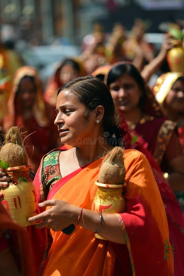 Personnes de Nepali célébrant le festival de Dashain photographie stock libre de droits