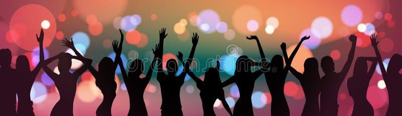 Personnes de silhouette dansant au-dessus du concept de célébration de partie de fond de feu d'artifice de vacances illustration de vecteur