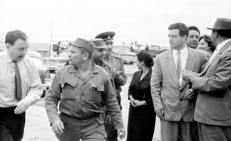 Personnes de Yangiyer accompagnant Fidel 1963 photographie stock