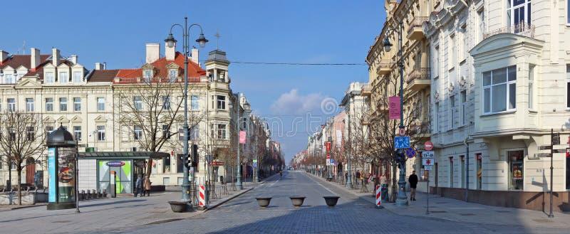 Perspectief van de belangrijkste centrale straat van het Litouwse kapitaal stock foto