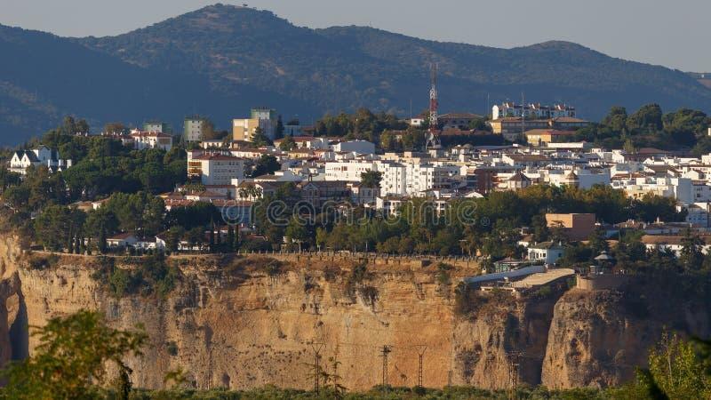 Perspectief van de stad Ronda en el Tajo stock foto's