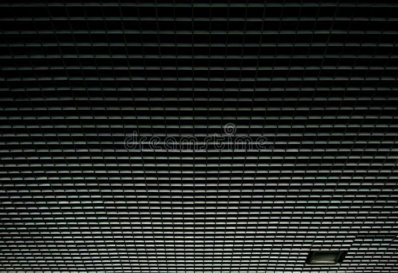 Perspectiva abstrata do teto industrial com geométrico imagem de stock royalty free