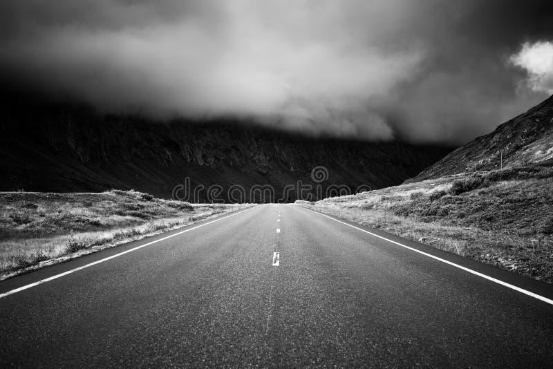 Perspectiva del camino imagenes de archivo