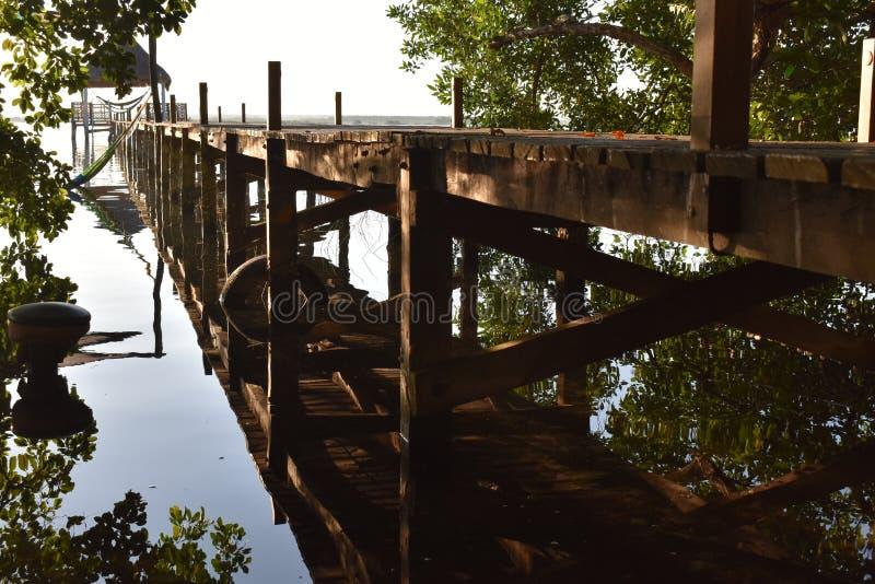 Perspectiva del muelle en Cancun foto de archivo libre de regalías