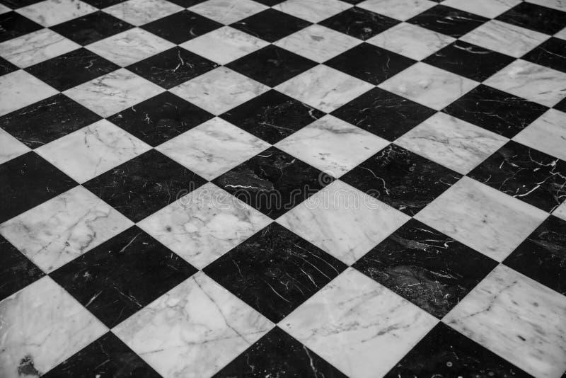Perspectiva del piso de la piedra del mármol de la teja del ajedrez fotografía de archivo