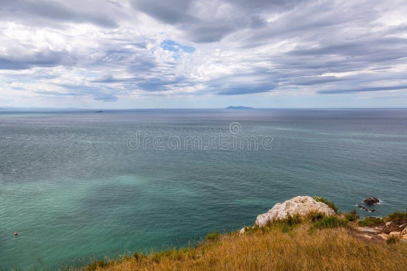 perspectiva hermosa sobre el océano Nueva Zelanda foto de archivo libre de regalías