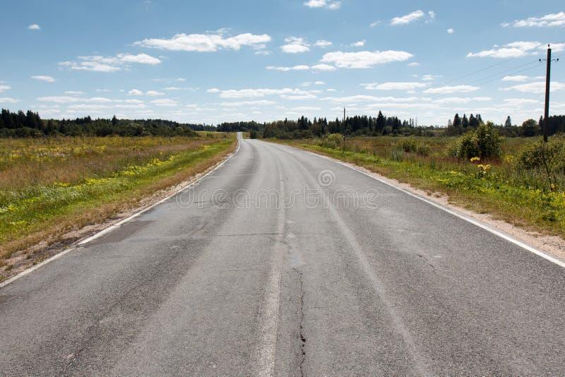 Perspective vide de route goudronnée image stock