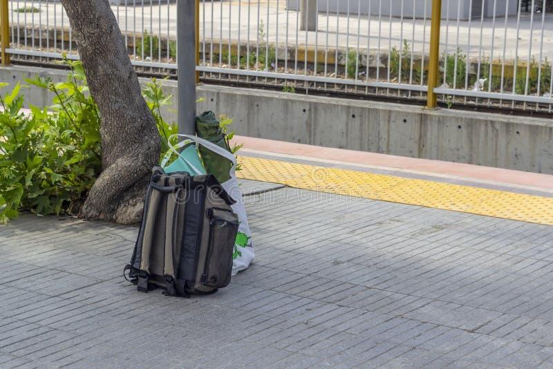Perspektywa strzał podróż plecy stacja kolejowa zdjęcia stock