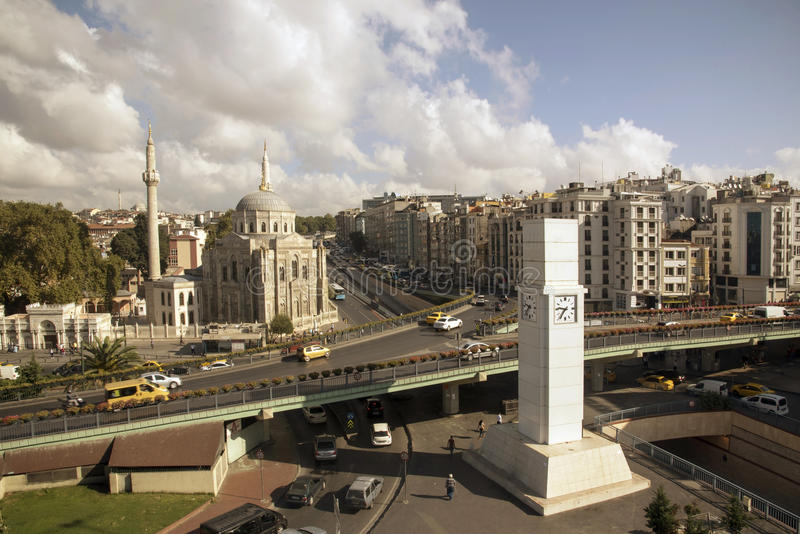 Pertevniyal Valide Sultan Mosque arkivbild