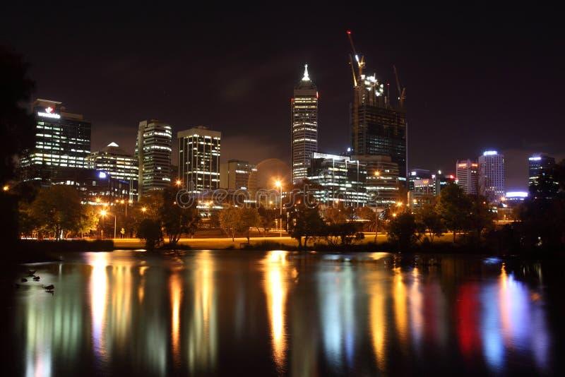 Perth en la noche imágenes de archivo libres de regalías