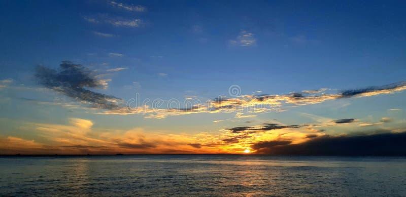 perth solnedg?ng fotografering för bildbyråer