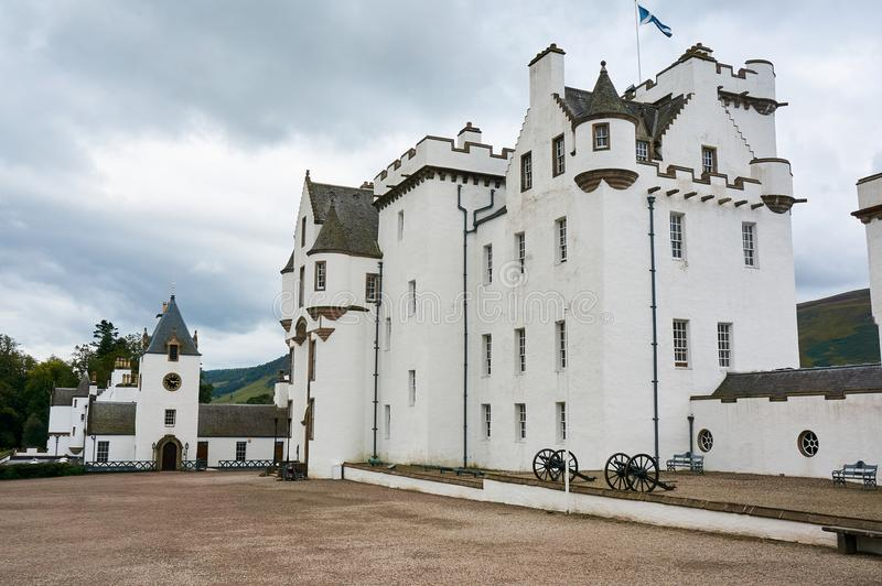 Perthshire, Großbritannien - 20. August 2016: Blair Atholl Castle in Perthsire, ehemaliger Wohnsitz von Herzog von Atholl stockbild