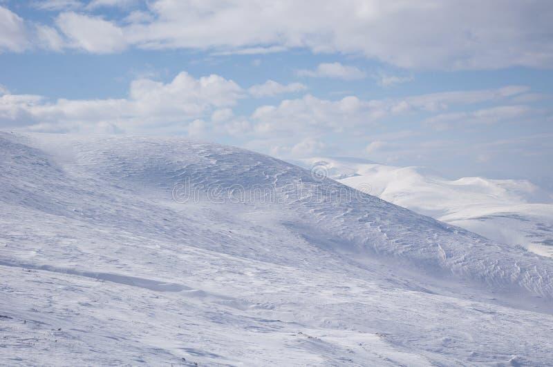 Perto do pico de Golyam Kademlia no inverno, Bulgária imagem de stock royalty free