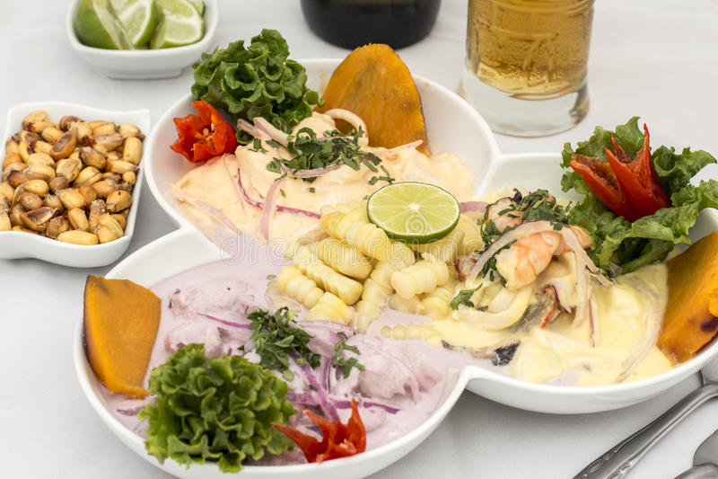 Peru Dish: 3 typer av Cebiche royaltyfri foto