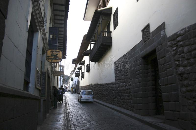 Peru histórico de Cuzco do centro do distrito da rua de San Blas fotos de stock