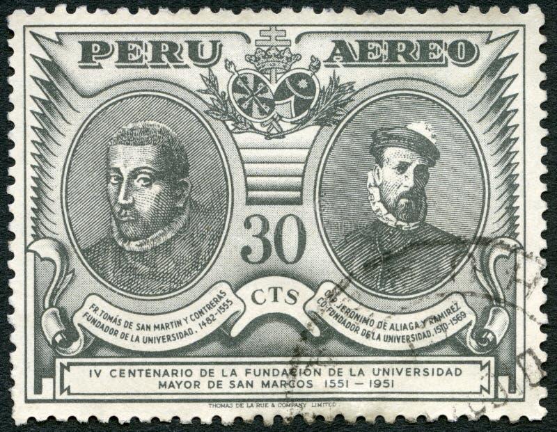 PERU - 1951: przedstawienia Thomas De San Martin y Contreras 1482-1555 i Jero nimo de Aliaga y Ramirez konkwistador 1508-1569 zdjęcie stock