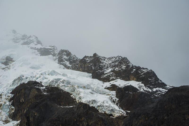 Peru Trekking de Salkantay imagens de stock