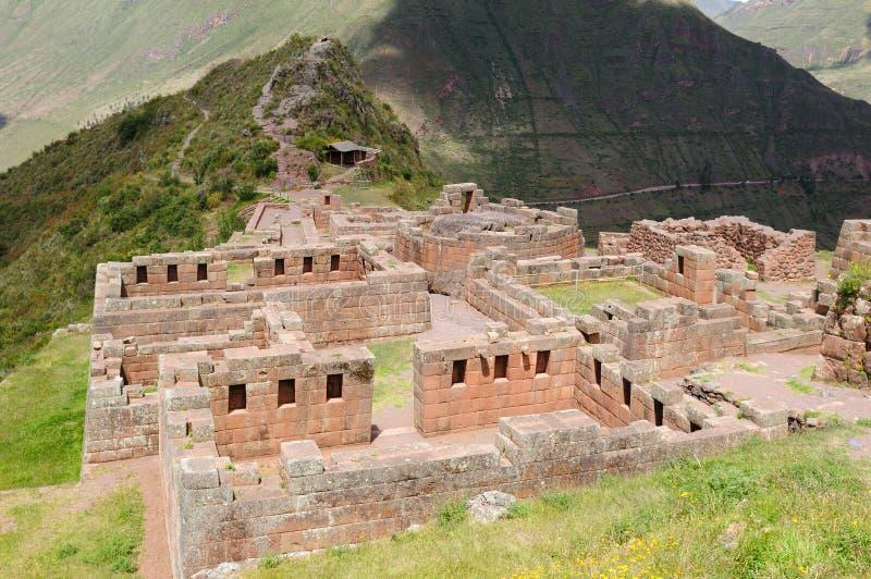 Peru, vale sagrado, ruínas do Inca de Pisaq imagens de stock royalty free