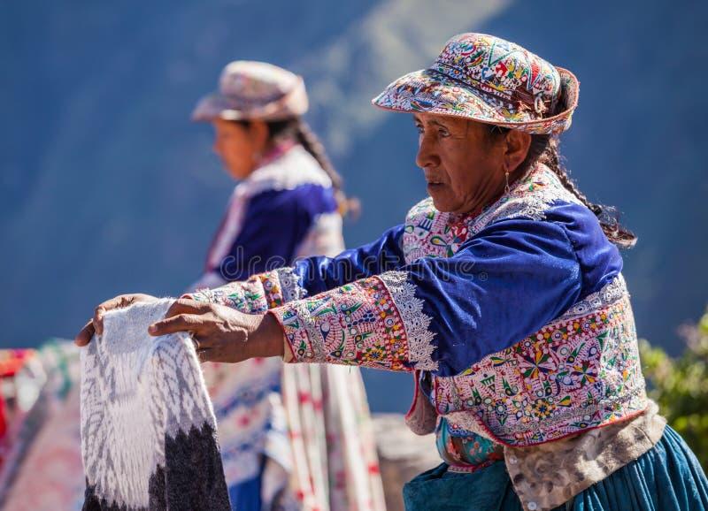 Peruanische Frauen lizenzfreie stockbilder