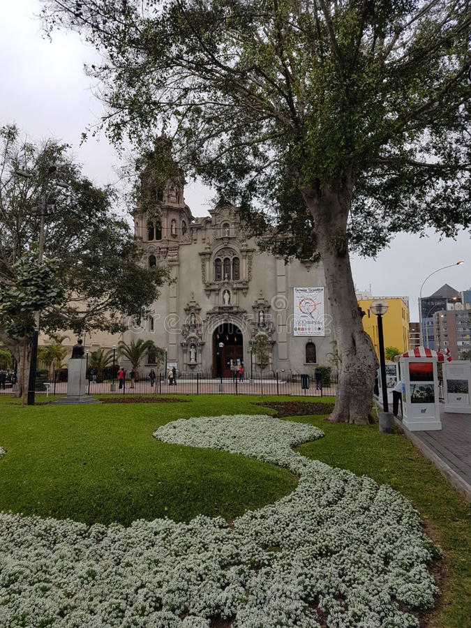 Peruankyrka i Lima royaltyfri fotografi