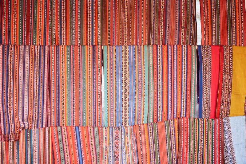 Peruansk färgrik textil fotografering för bildbyråer