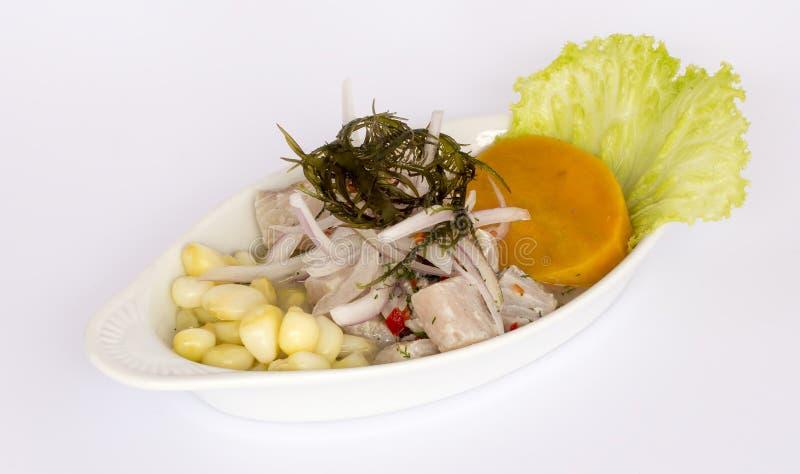 Peruviaans voedsel: Vissen ceviche stock afbeeldingen
