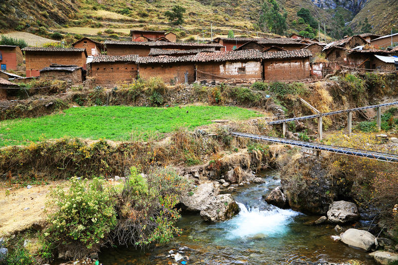 Peruwiańska górska wioska zdjęcia royalty free