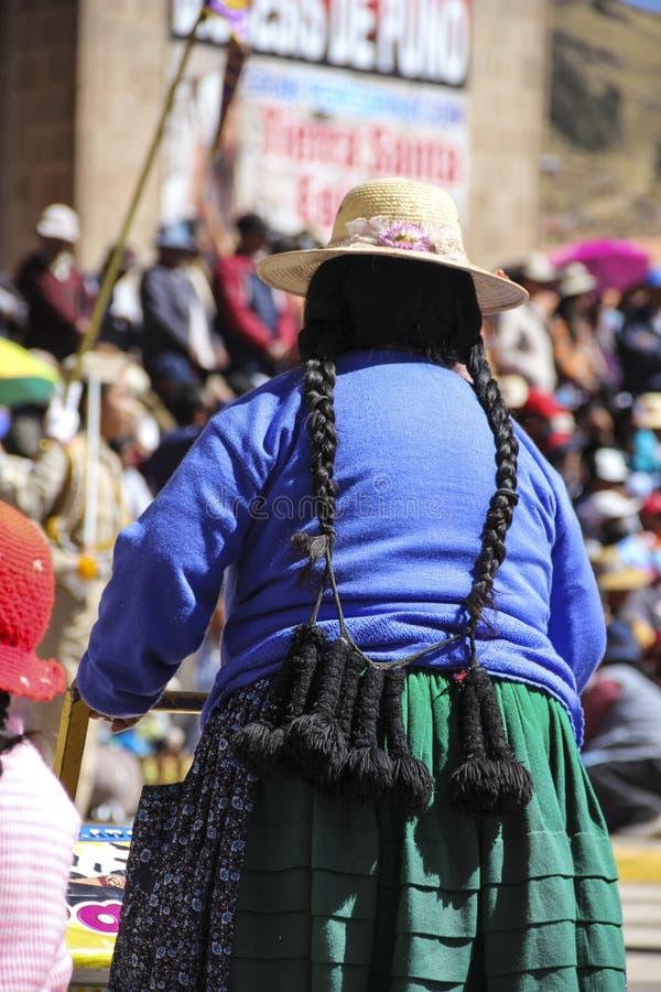 Peruwiańska kobieta z długie włosy zdjęcia stock