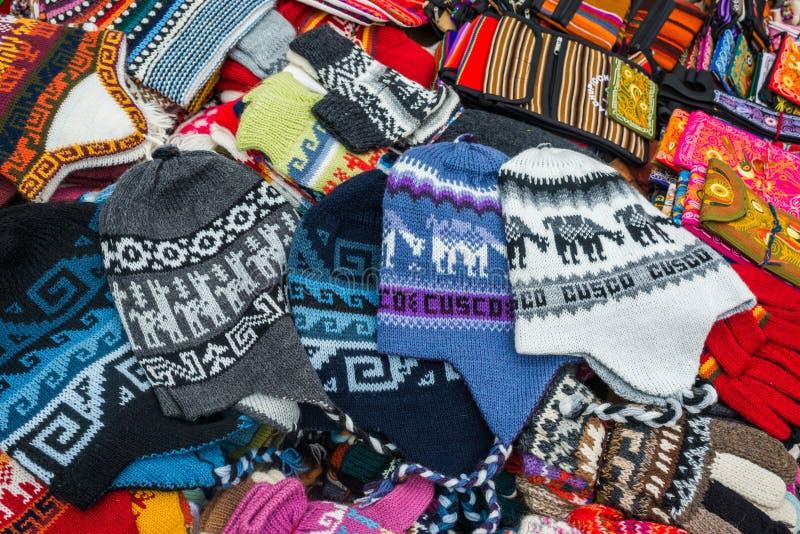 Peruwiański tradycyjny handcraft pamiątki Andes Cuzco Peru obrazy stock