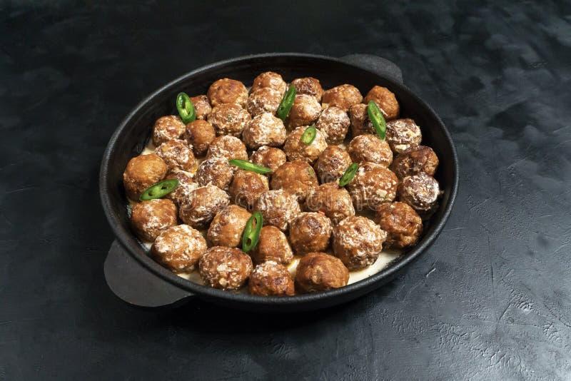 Perzische Koofteh Berenji, rijstkufta Vleesvleesballetje royalty-vrije stock afbeeldingen