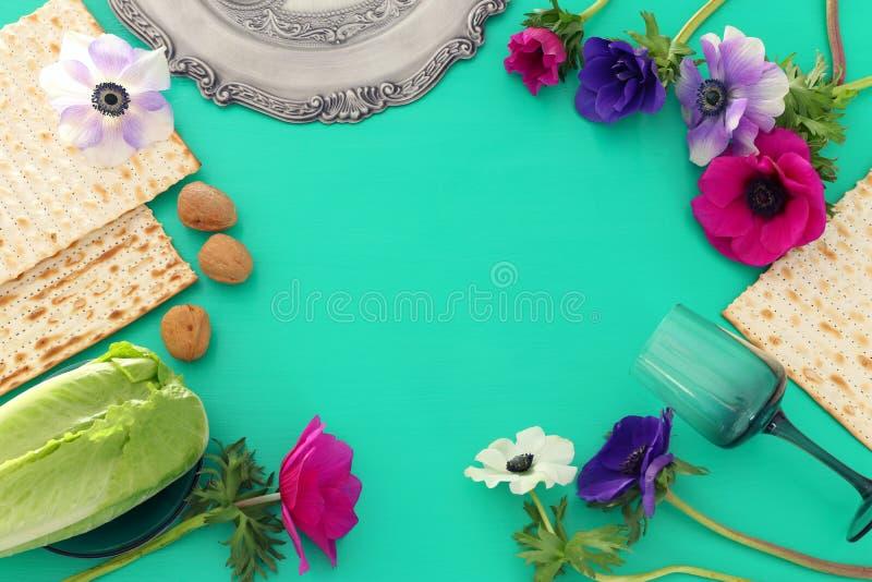 Pesah świętowania pojęcie & x28; żydowski Passover holiday& x29; Odgórny widok, mieszkanie nieatutowy obraz royalty free
