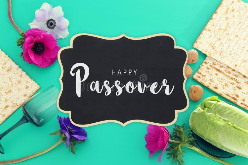 Pesah świętowania pojęcie & x28; żydowski Passover holiday& x29; Odgórny widok, mieszkanie nieatutowy fotografia royalty free