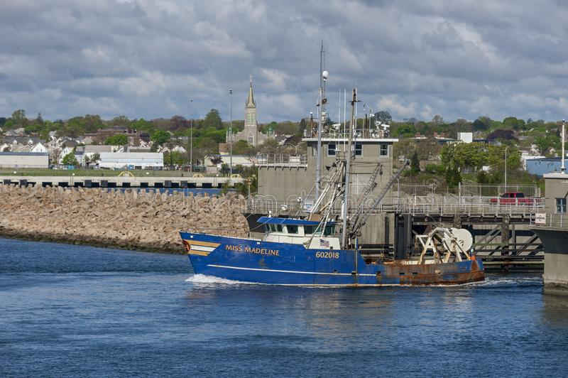 Pesca andante di sig.na Madeline del peschereccio immagine stock