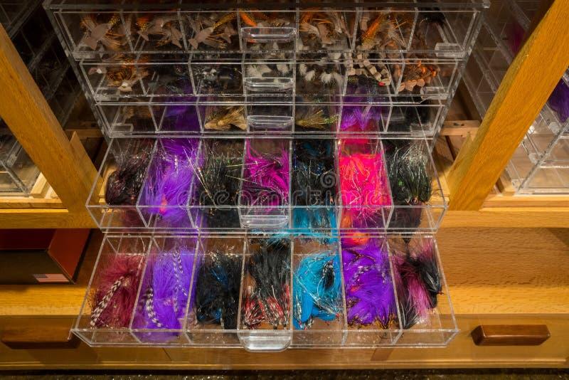 A pesca com mosca da truta prateada voa fotos de stock royalty free