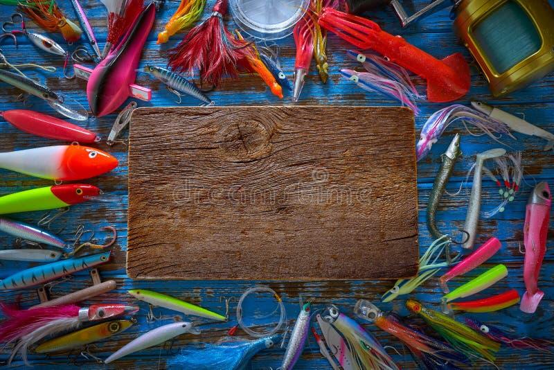 Pesca de piscardos de la colección de los trastos de los señuelos fotos de archivo libres de regalías