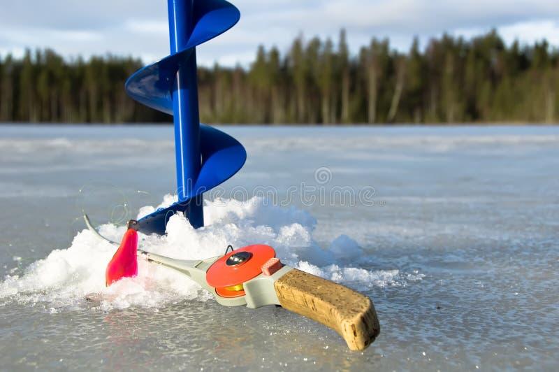 Pesca del ghiaccio immagine stock
