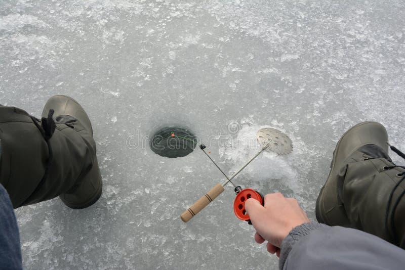 Pesca del invierno foto de archivo libre de regalías