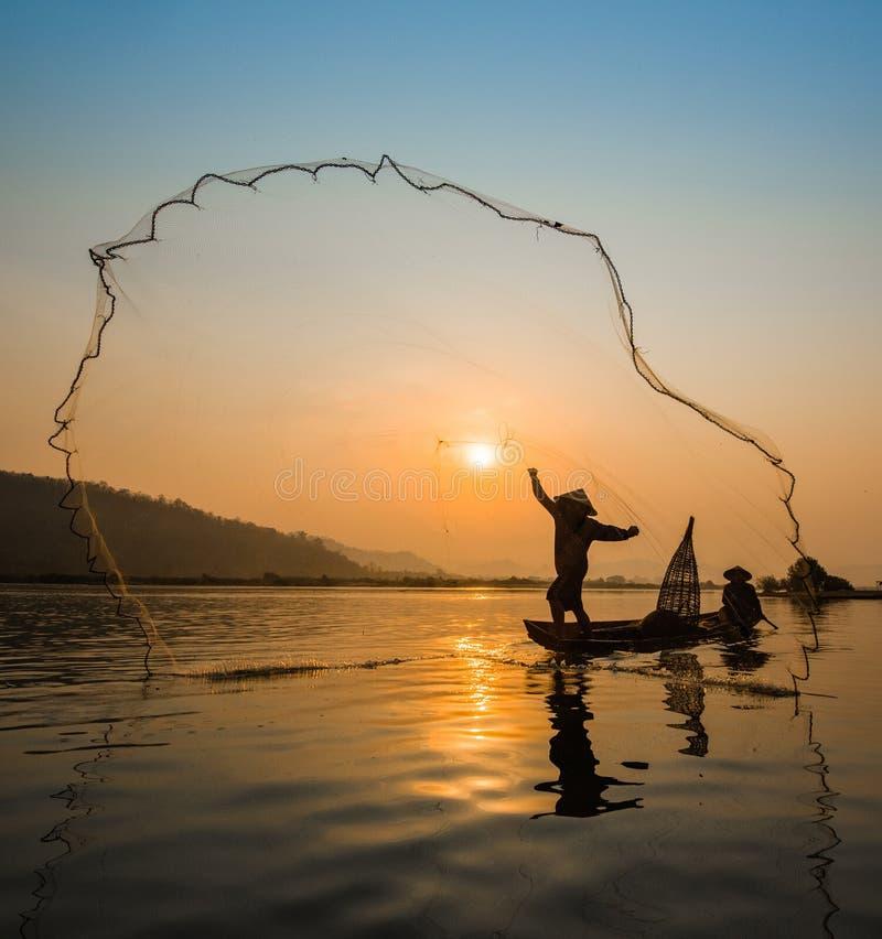 Pesca del pescador imagen de archivo libre de regalías