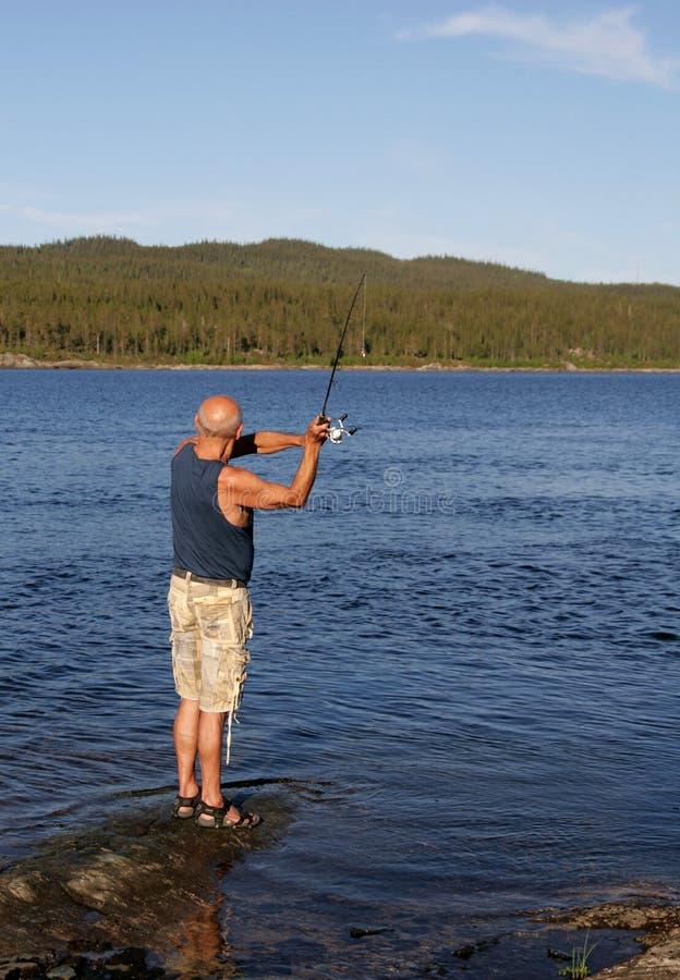 Pesca dell'uomo fotografia stock libera da diritti