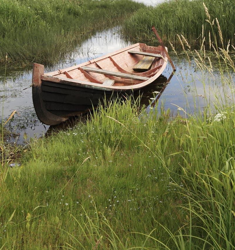 Pesca della barca di legno fotografie stock
