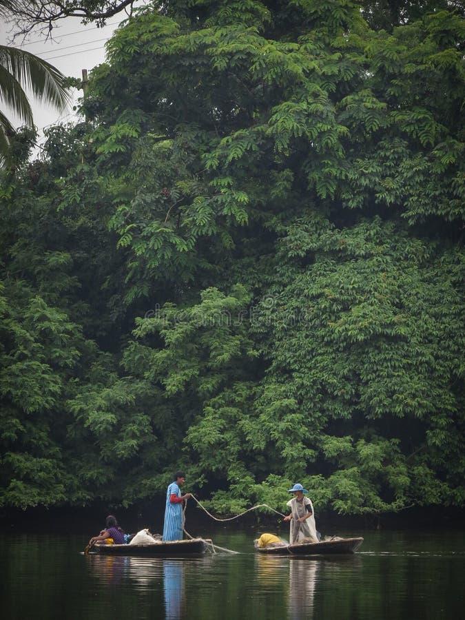Pesca do Coracle fotografia de stock royalty free