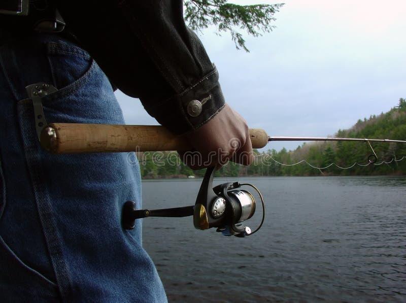 Pesca do menino imagem de stock