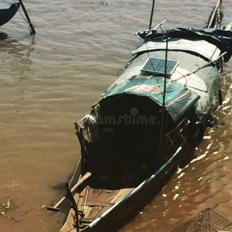 Pesca en el río Mekong fotografía de archivo libre de regalías