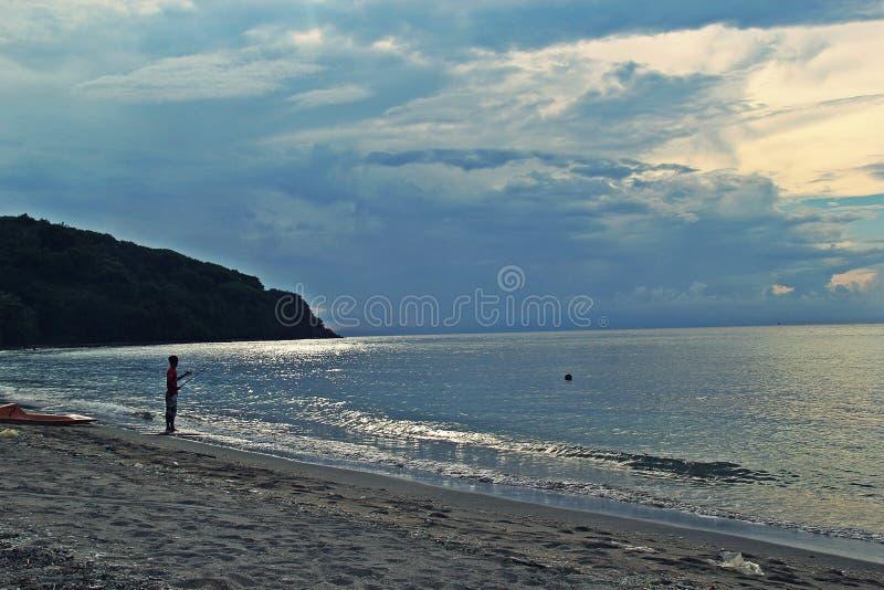 Pesca na praia fotos de stock royalty free