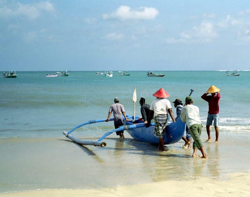 Pescador, Bali Indonesia. foto de archivo