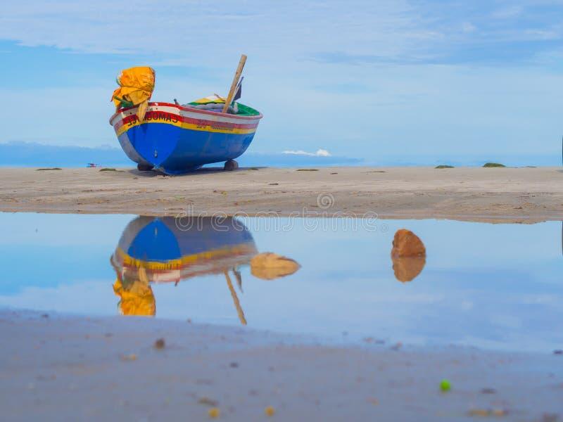 Pescador do barco fotografia de stock