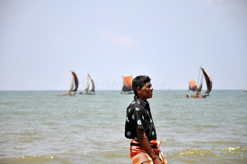 Pescador local en Negombo, Sri Lanka foto de archivo libre de regalías